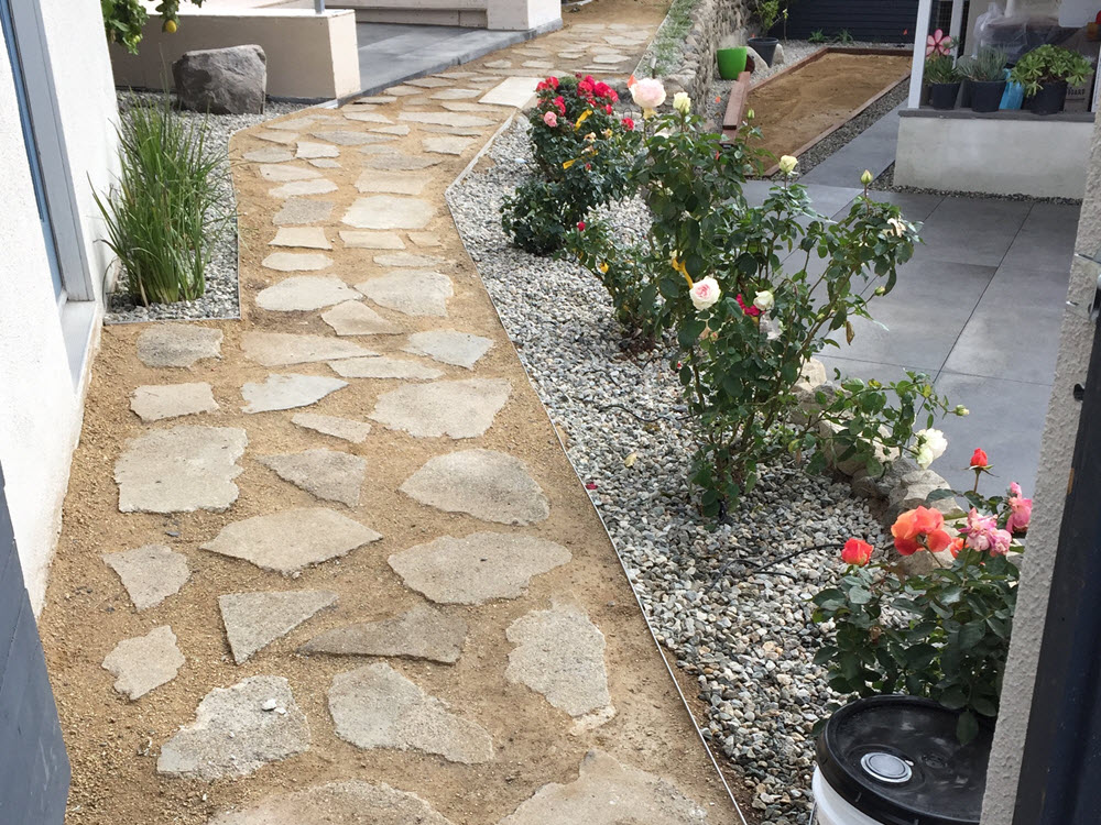 Ed's Landscaping Natural Stone Walkway