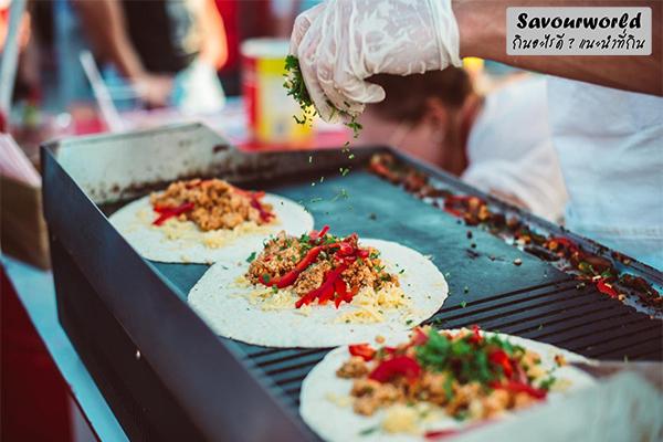 ร้านสตรีทฟู้ดเจ้าเด็ด จดไว้ในลิสต์ที่ต้องไม่พลาด กินอะไรดี เมนูอาหาร ร้านอาหารอร่อย Nightlife รีวิวคาเฟ่ ร้านอาหาร-คาเฟ่ ที่กิน-ที่พัก แนะนำร้านอาหาร อาหาร-สุขภาพ savourworld.com สตรีทฟู้ดเจ้าเด็ด