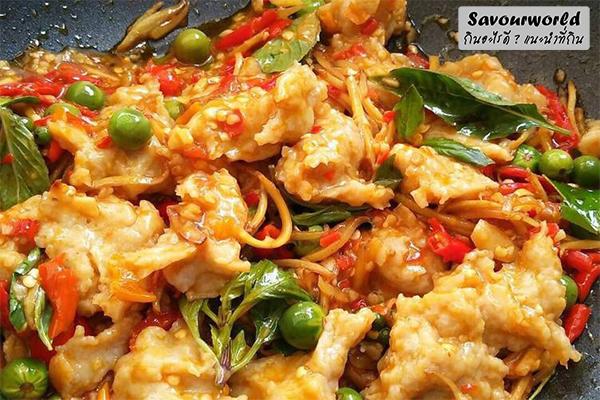 หอม อร่อย ถึงเครื่อง กับเมนูผัดฉ่าปลากราย กินอะไรดี เมนูอาหาร ร้านอาหารอร่อย Nightlife รีวิวคาเฟ่ ร้านอาหาร-คาเฟ่ ที่กิน-ที่พัก แนะนำร้านอาหาร อาหาร-สุขภาพ savourworld.com ผัดฉ่าปลากราย