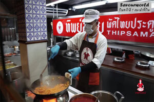 ที่แรก ที่เดียว ที่สุด ของผัดไทยทิพย์สมัย ผัดไทยประตูผี