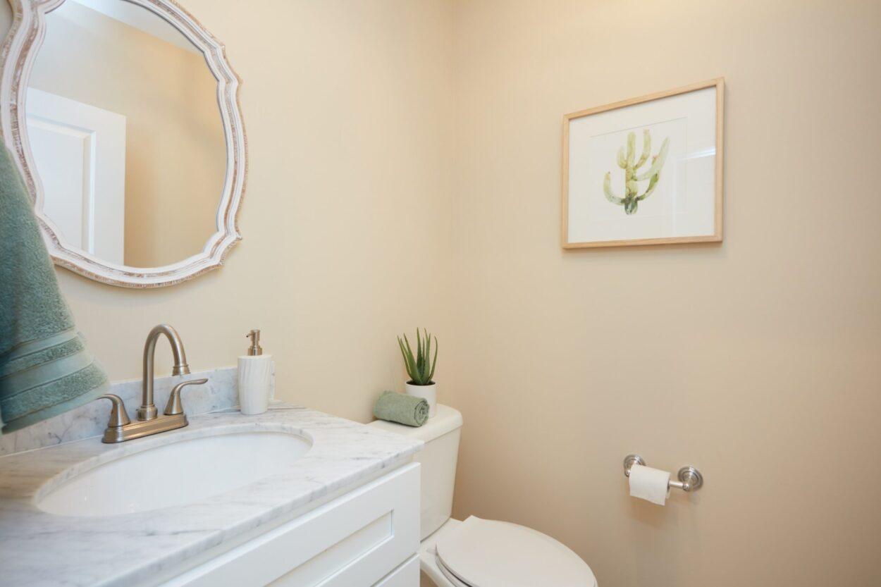40 Hughes St. Maplewood NJ bathroom