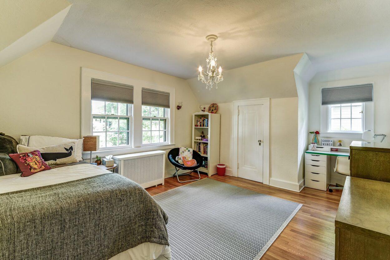 34 Oakland Road Maplewood NJ bedroom