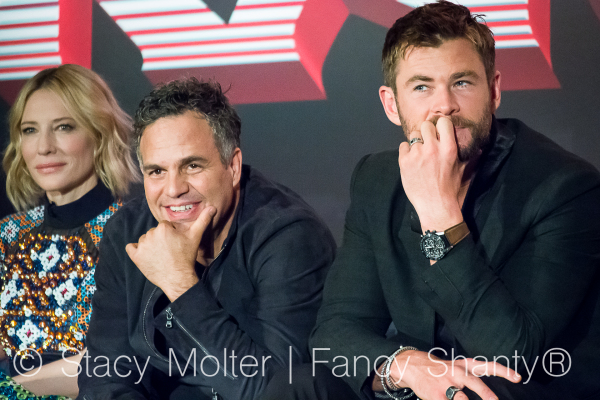 Chris Hemsworth, Mark Ruffalo - MARVEL's THOR: Ragnarok Press Conference