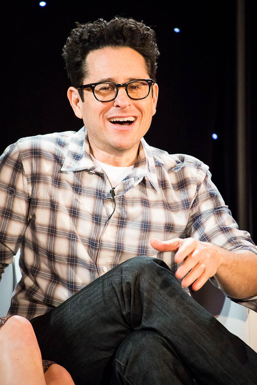 JJ Abrams - Star Wars The Force Awakens Press Conference