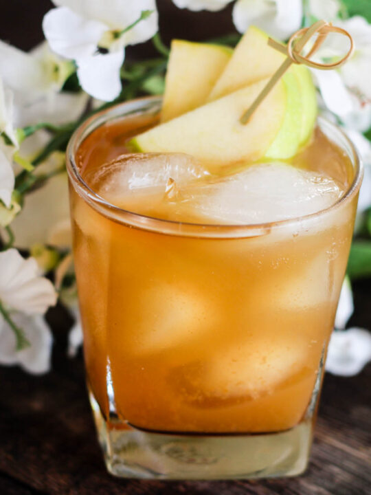 Cinnamon and Apple Stone Wall Drink Recipe
