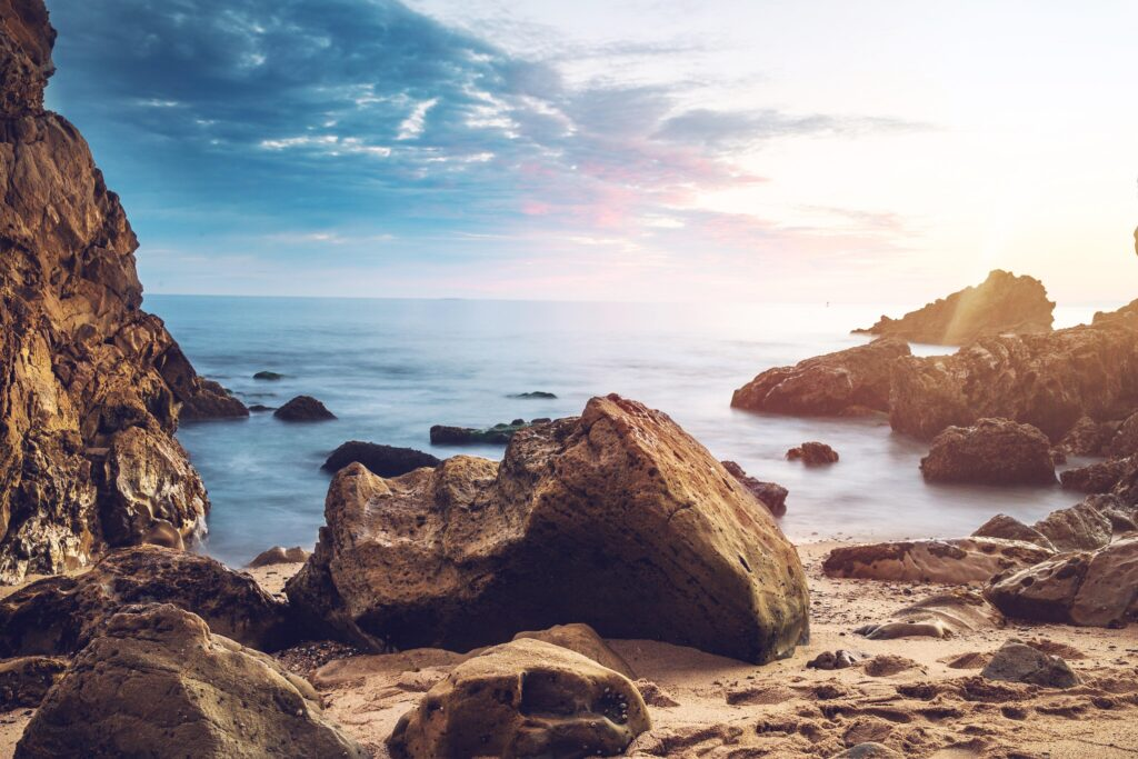 Whether a cool day on the beach or learning something new was on your bucket list it all can be done in Southern California on a dime. So pack up the whole family and make a day (or more) out of these awesome destinations!