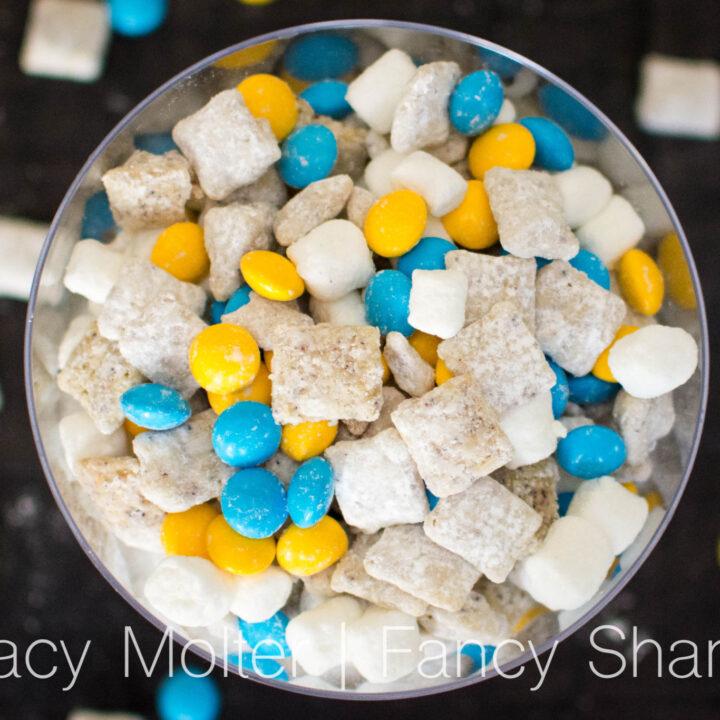 Lemon Blueberry Dessert - Minion Muddy Buddy Recipe