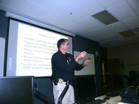 Capt. Doug Parisi gave a presentation on crisis intervention at a recent citizens class. (Photo by William Crum)