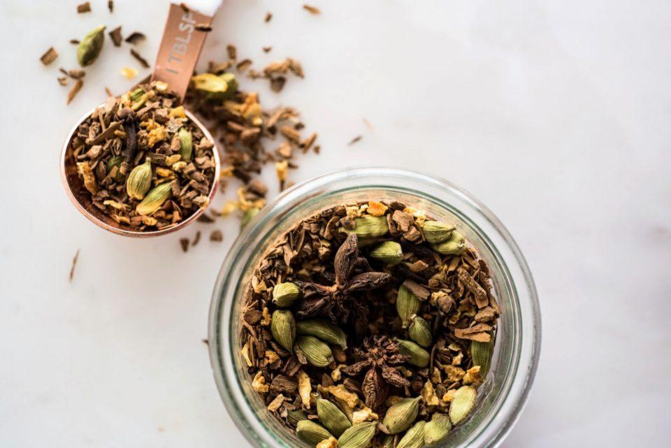 DIY Mulling Spice Blend