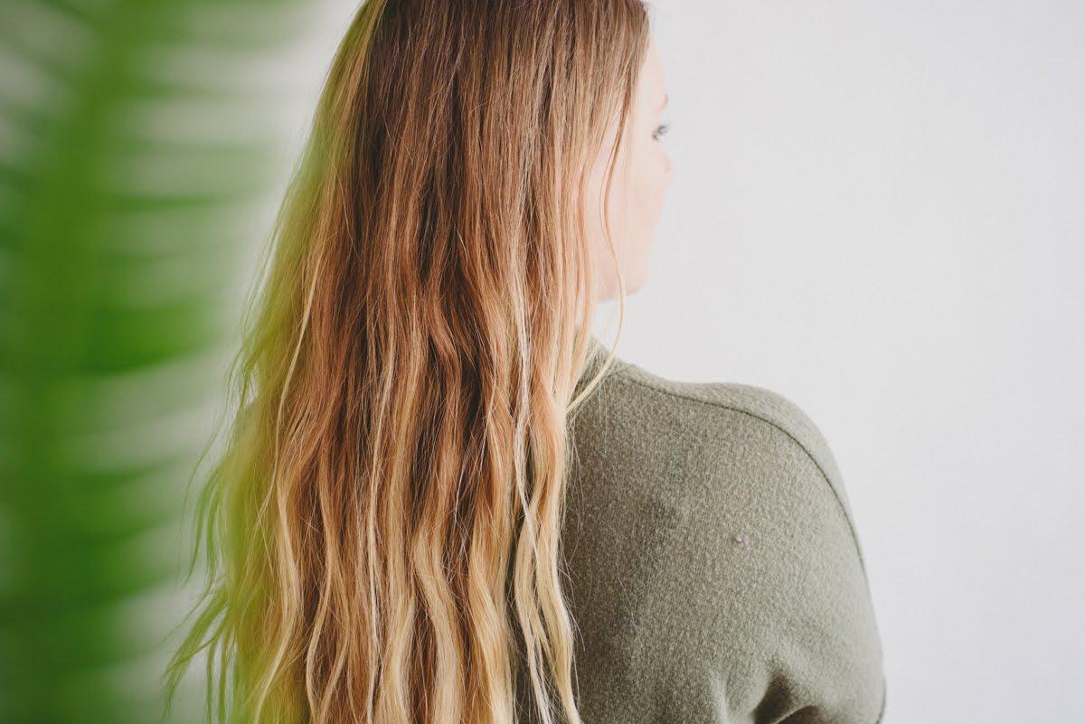 Healthy Hair Rinse with Apple Cider Vinegar | Kolya Naturals, Canada