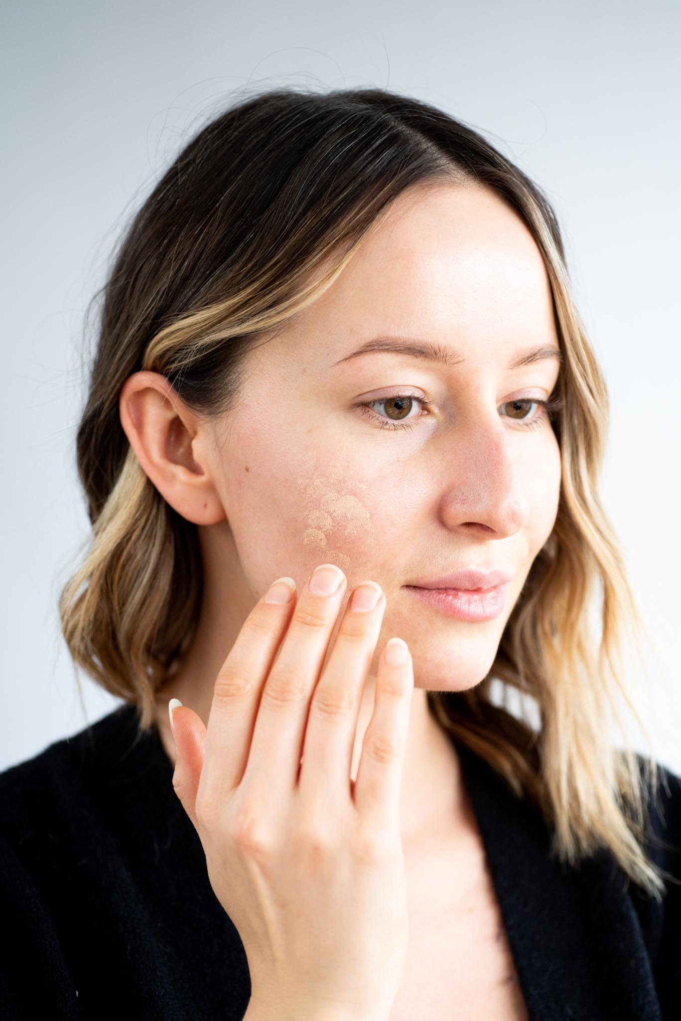 Effortless Makeup for Every Grinch   Kolya Naturals, Canada