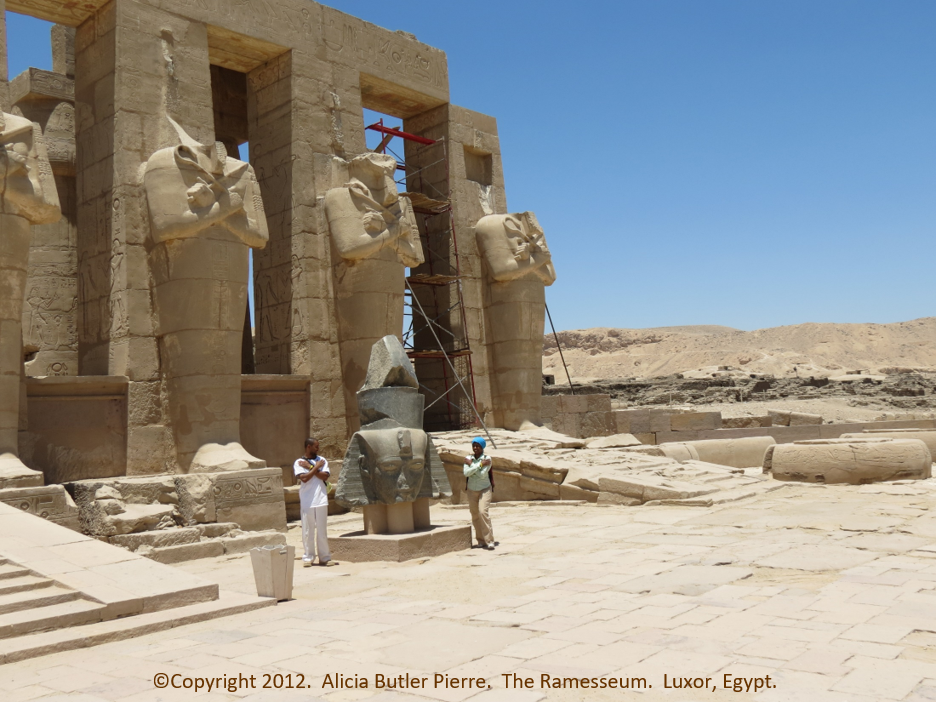 Scale Like an Egyptian: the Difference Between Growing & Scaling a Small Business