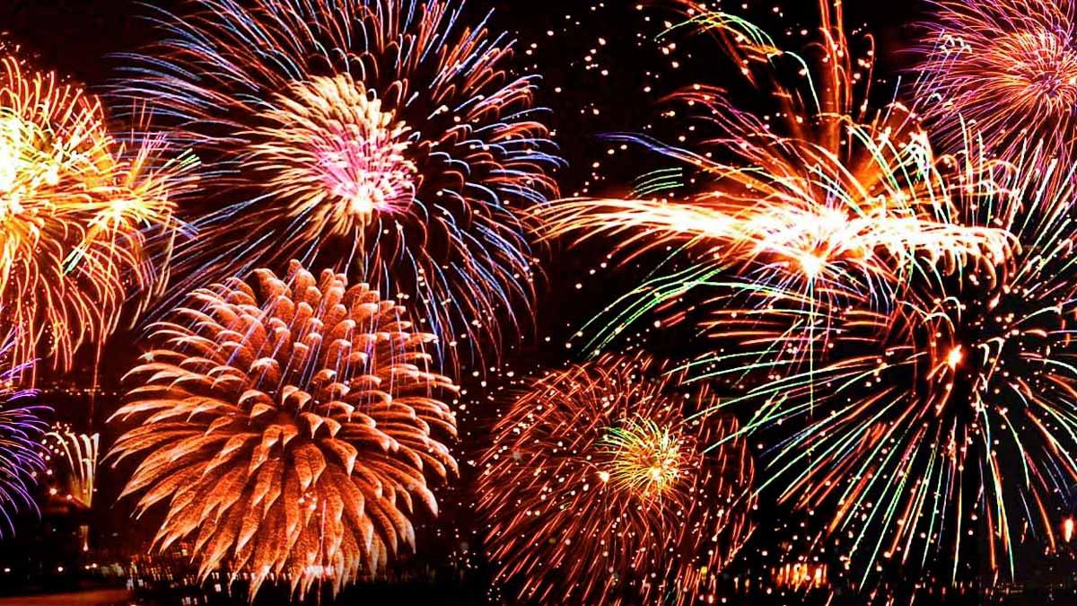 mgy-newyears-eve0fireworks-social