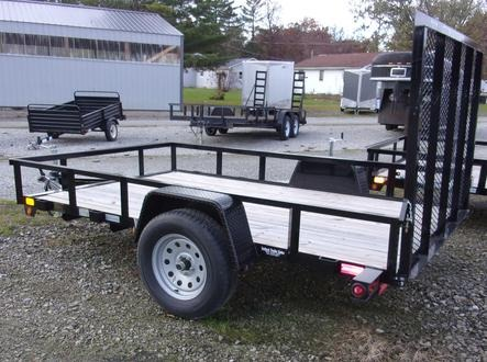 Drop gate trailer