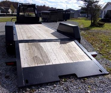 Moritz ELH HT Series Equipment Trailers with Hydraulic Tail