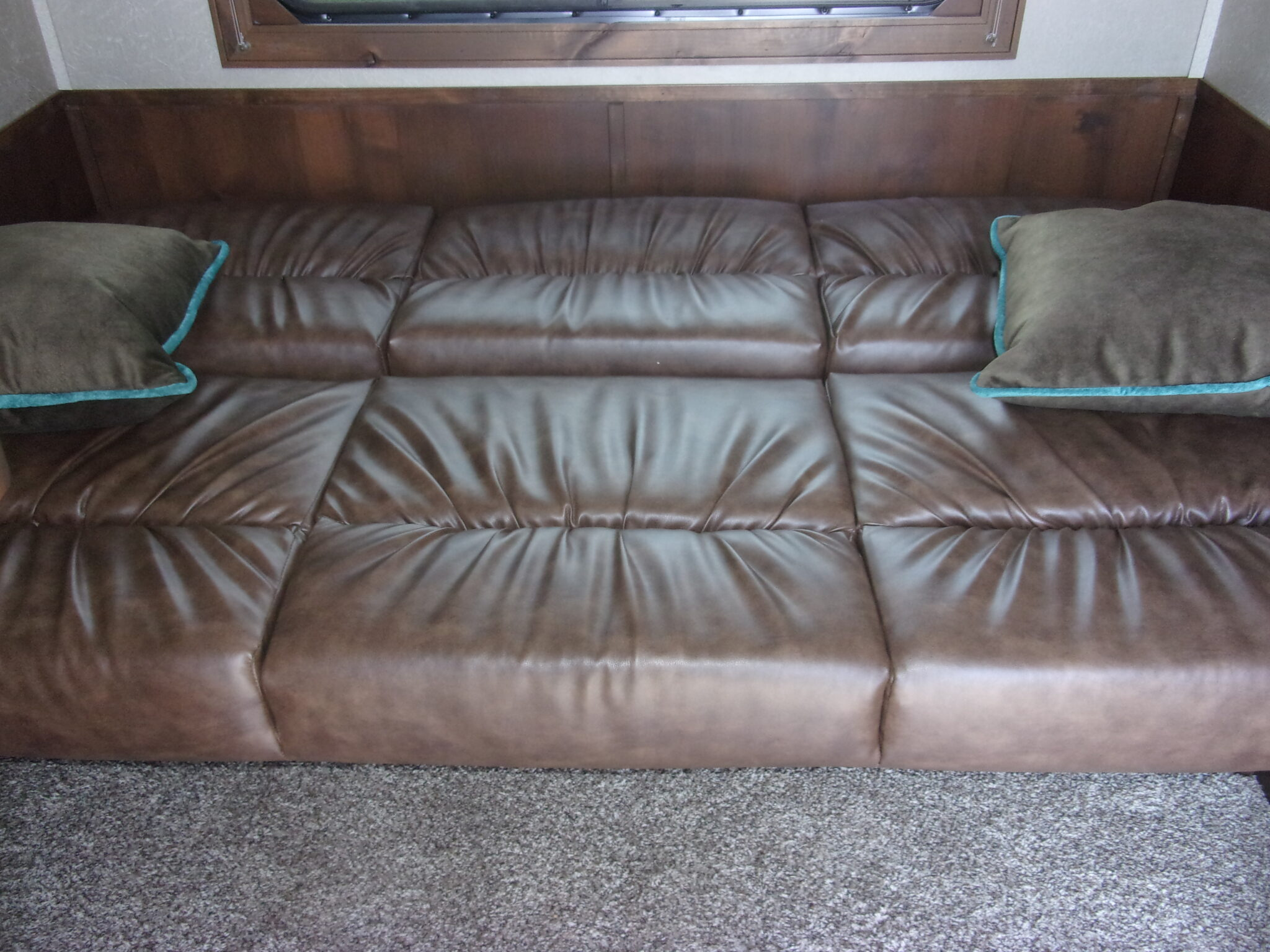 Merhow couch bed