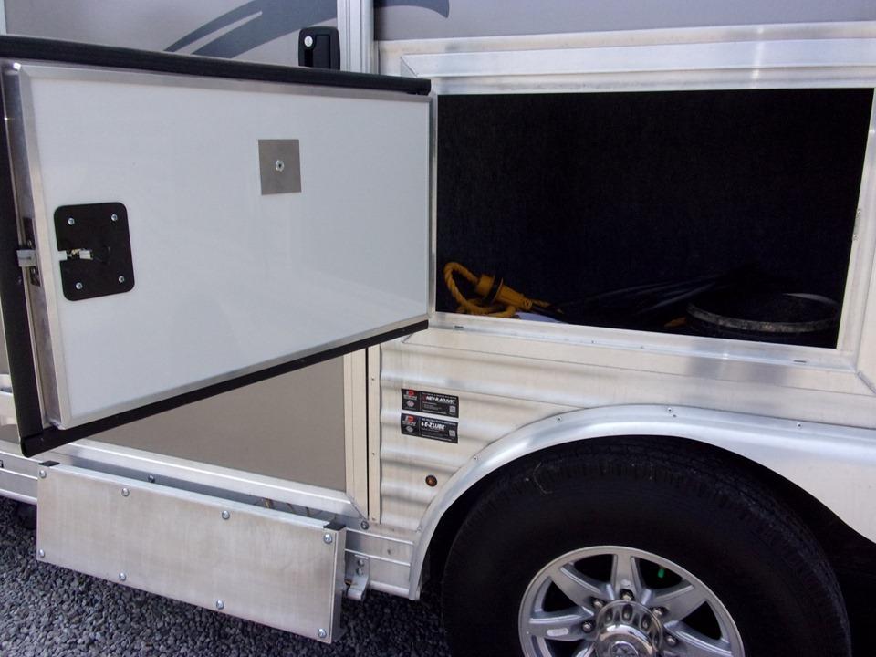 Merhow trailers tack