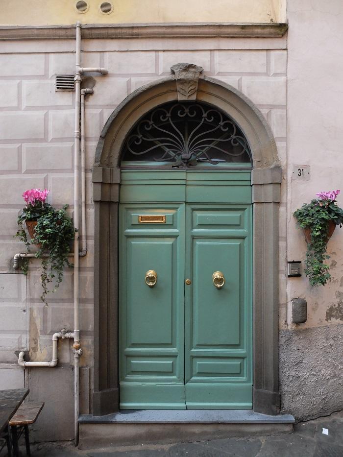 San miniato in Tuscany | Girl in Florence