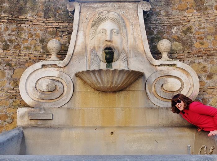 Fontana del Mascherone di Via Giulia