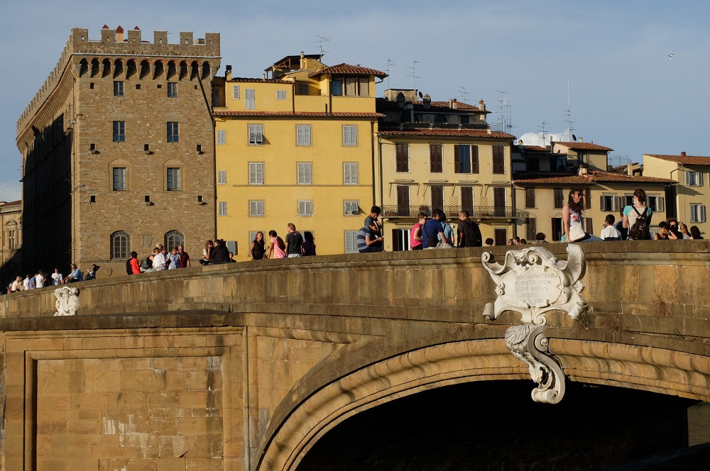 florence italy arno river