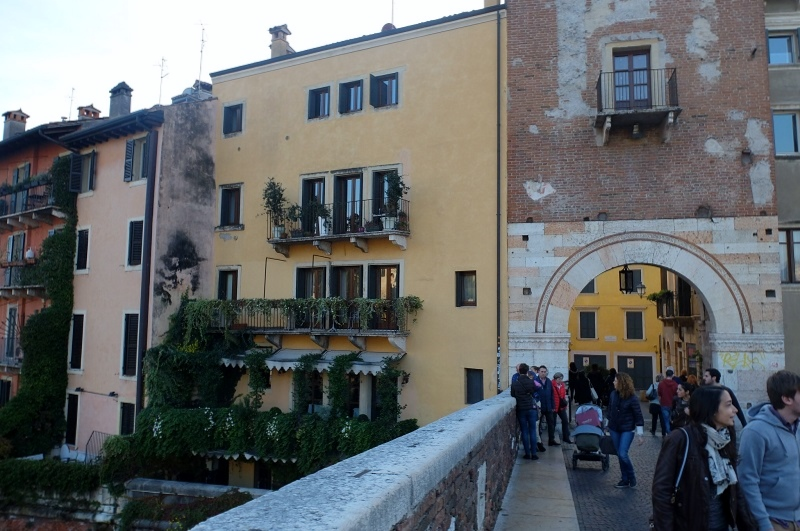 Ponte Pietra with the restaurant on the left next to the door
