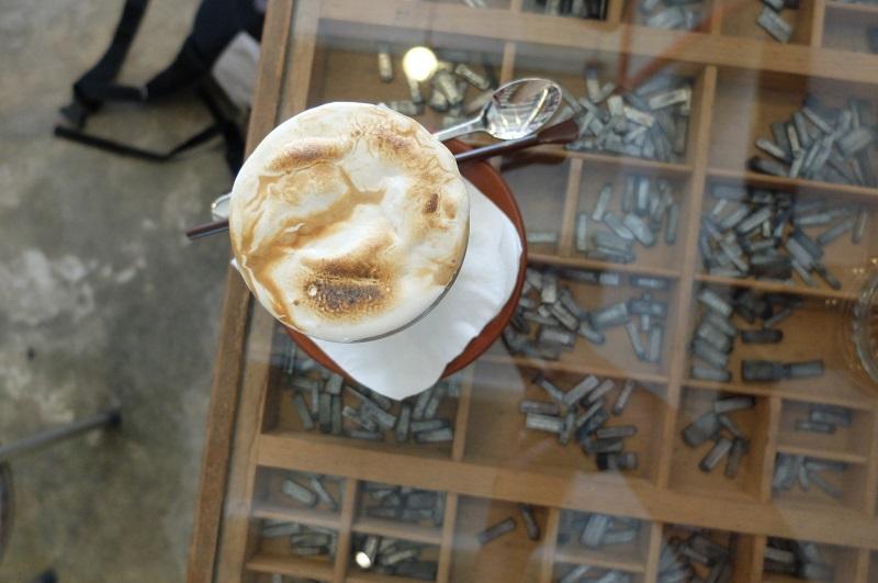 Bookhemian coffee shop