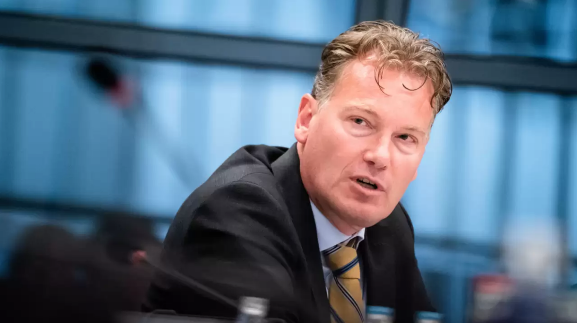 Dutch Official of CPB Netherlands Bureau for Economic Policy Analysis Wants Cryptocurrencies Banned