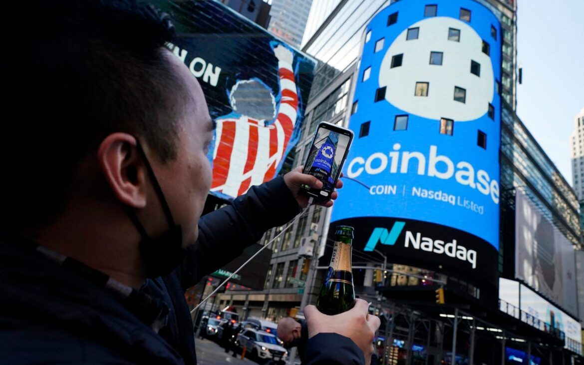 Coinbase GlobalHas Wall Street Investors Shaking Their Heads