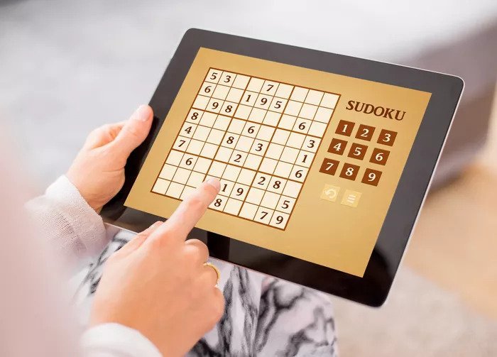 Top 9 Games for Brain Training