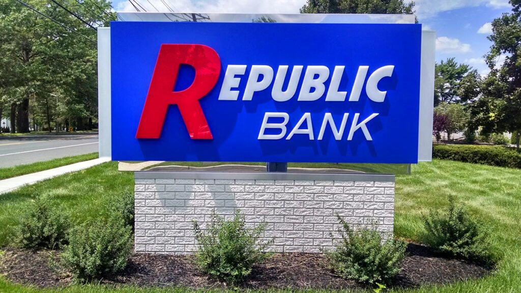 republic-bank-07