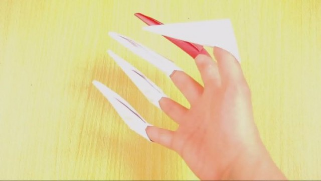 Origami Paper Claws
