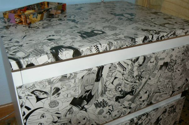 manga bedside table
