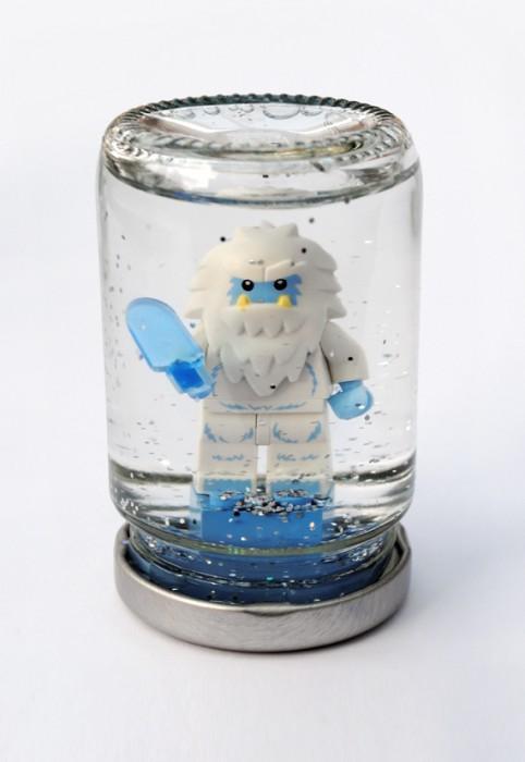 snowglobe-lego