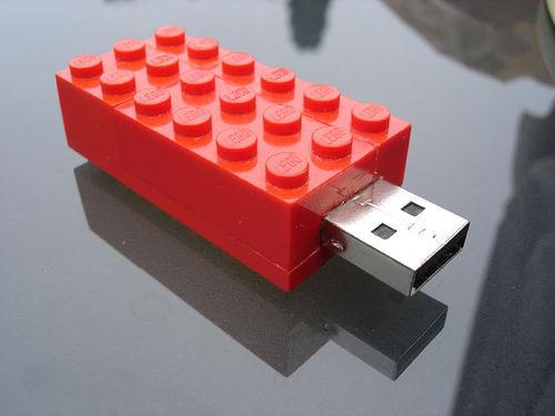 usbstick-lego