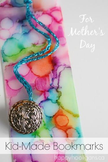 Mothers-Day-Craft-Homemade-Bookmark-with-sharpies-and-rubbing-alcohol