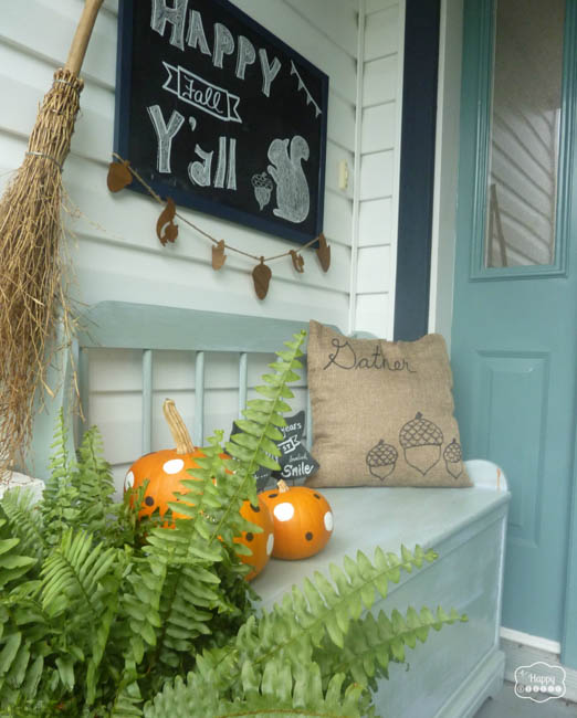 Two-Sided-Sharpie-Pillows-for-Fall-at-thehappyhousie.com-12