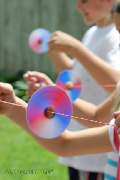Homemade-Toys-Button-Spinner-8