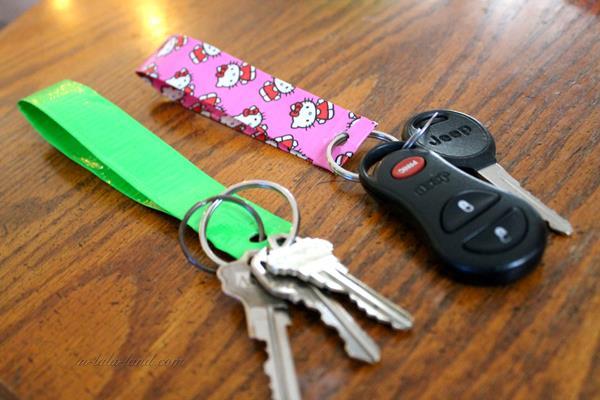 duck-tape-keychain-5