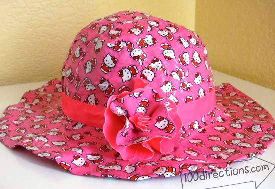 duct-tape-Hello-Kitty-hat2