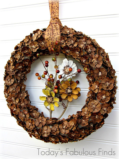 Fall Pine Cone Flower Wreath_5991r