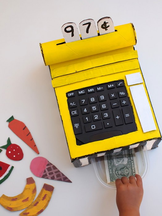 DIY Carboard Cash Register