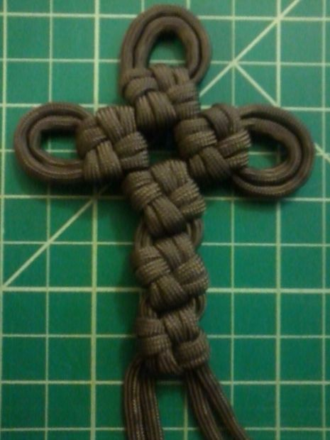 Paracord Cross Knot Cross at Instructables