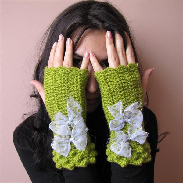 Fancy Fingerless Crochet Gloves