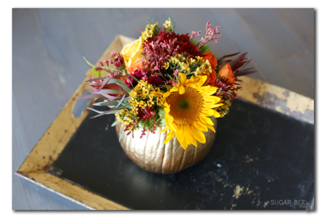 fall-pumpkin-floral-arrangement