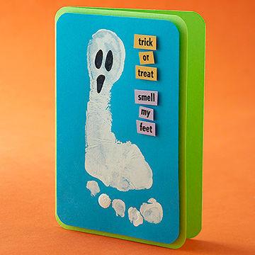 foot-ghost-card