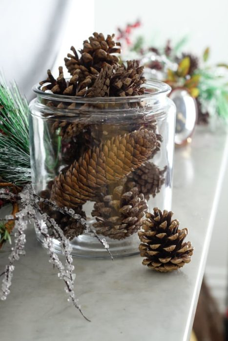 how-to-make-diy-scented-pinecones