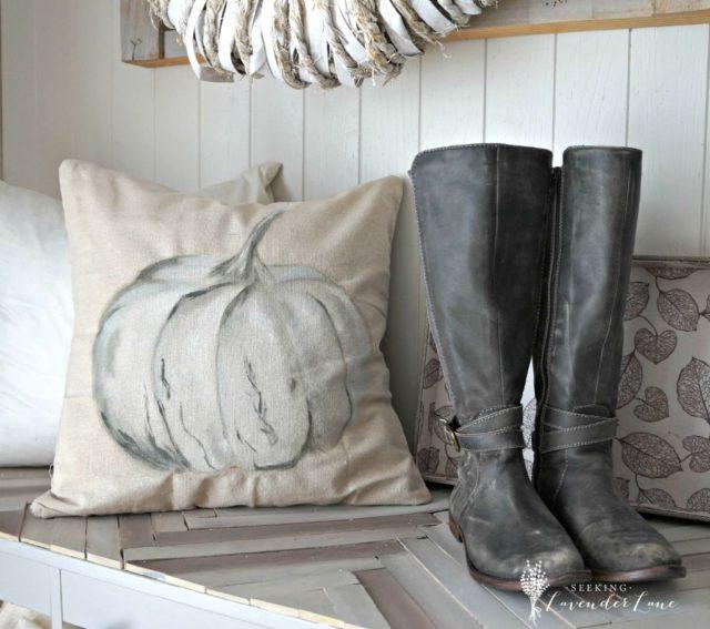 pottery-barn-pumpkin-pillow-knock-off