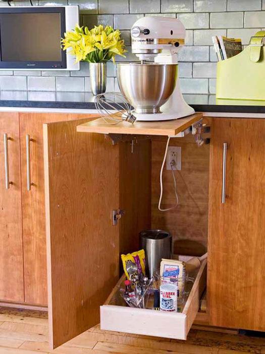 big-mixer-cabinet
