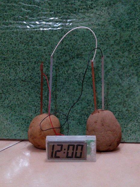 diy-potato-clock