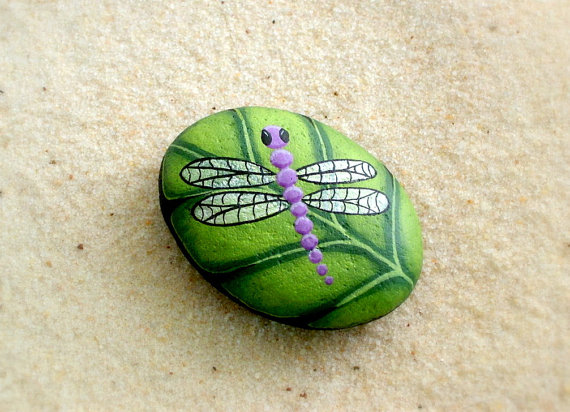 purple-dragonfly-painted-rock